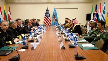 12-02-2016 14:13 Zjednoczone Emiraty Arabskie zgodziły się wysłać siły do Syrii. Amerykanie nie przerwą walki z IS