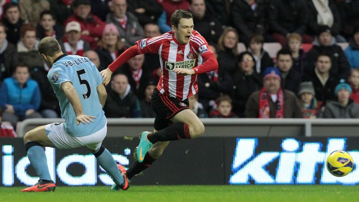 Sunderland rozwiązał kontrakt z Adamem Johnsonem