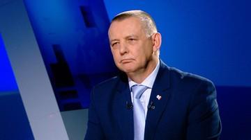 01-03-2017 19:59 Banaś: ci, którzy służyli reżimowi komunistycznemu, nie będą mogli pracować w Krajowej Administracji Skarbowej