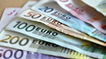 16-11-2016 14:22 Osiem krajów strefy euro może nie spełnić wymogów budżetowych UE