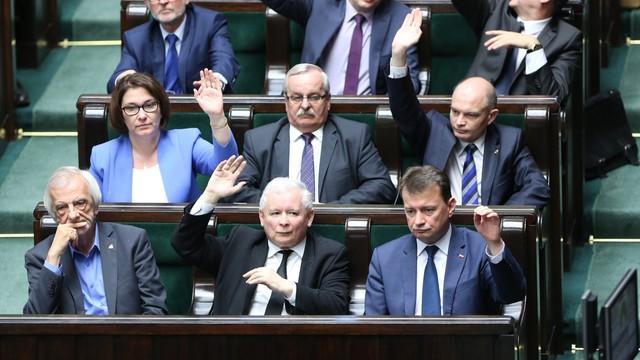 Zero tolerancji dla terrorystów. Sejm uchwalił nową ustawę