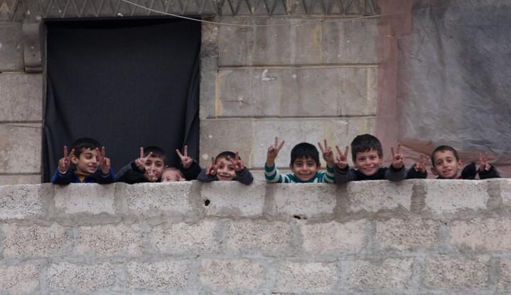 Kolejnych 350 osób ewakuowano z Aleppo. Nie oznacza to jednak wznowienia ewakuacji