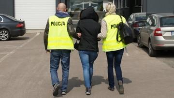 15-04-2016 21:58 Lekarz i farmaceutki wyłudzili blisko pół miliona zł z NFZ
