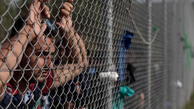 Francja: zlikwidowano obozy, w których przebywało ok. 1600 migrantów