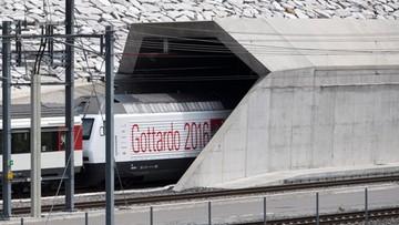01-06-2016 13:57 57 km - tyle ma najdłuższy tunel kolejowy na świecie. Otwarto go w środę w Szwajcarii