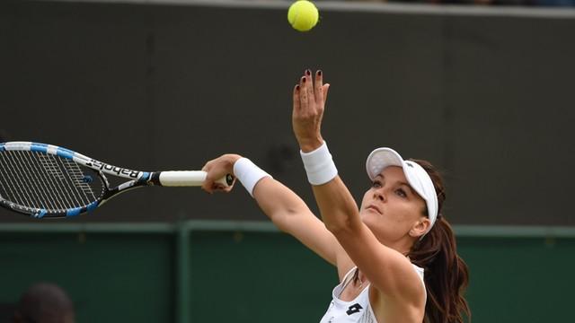 Wimbledon: awans Radwańskiej do 3. rundy, kontuzja