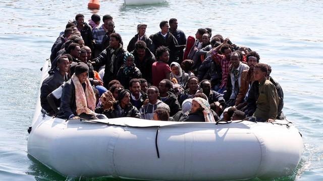 U brzegów Libii trwa wielka operacja ratowania ok. 3 tys. imigrantów