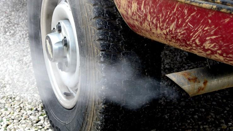 Wielka Brytania sprawdzi, czy testy badania emisji spalin prowadzone są też podczas zwykłego użytkowania aut