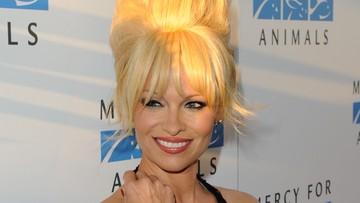 14-09-2017 14:24 Pamela Anderson przyleci do Polski. Gwiazda weźmie udział w Warsaw Comic Conie