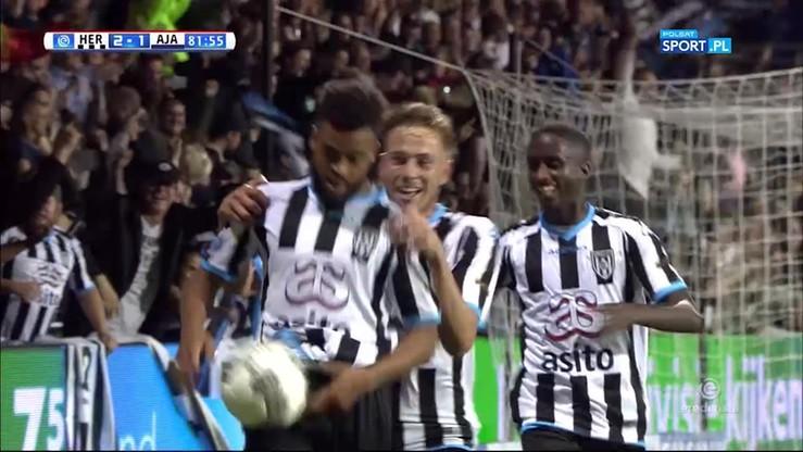 Piękny gol pogrążył Ajax w Almelo