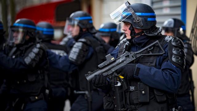 Francja nie przedłuży ponownie stanu wyjątkowego