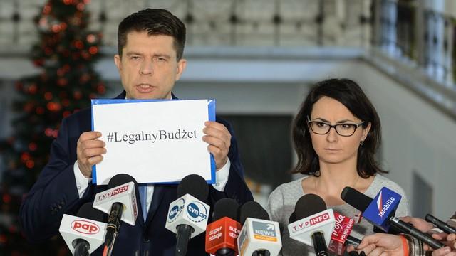 Petru: Nowoczesna będzie kontynuowała protest w sali sejmowej do 11 stycznia