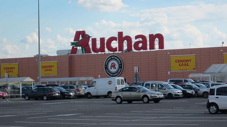 PIP: w Auchan nie wymuszano oświadczeń o pobieraniu 500+