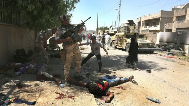 Irak: W Mosulu zabito dziesiątki cywilów uciekających przed IS