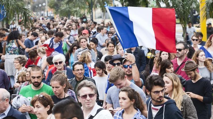 Minuta ciszy w całej Europie. Miasta oddadzą hołd ofiarom paryskich zamachów