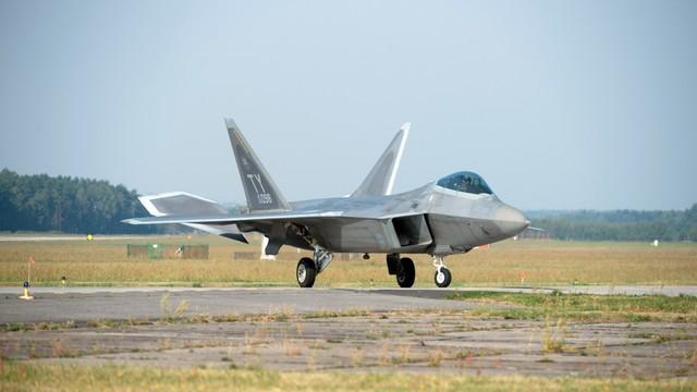 Szef NATO: naruszanie przez Rosję tureckiej przestrzeni to nie przypadek