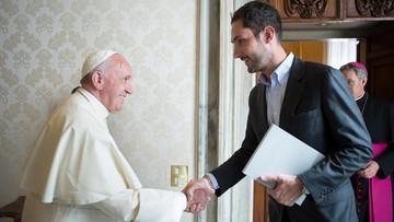 """26-02-2016 16:04 Papież przyjął na audiencji szefa firmy Instagram. Rozmawiali o """"sile obrazu"""""""
