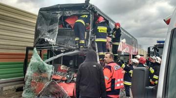 03-02-2016 09:51 Łódzkie: wypadek autokaru na A2. Jedna osoba nie żyje