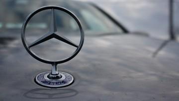 Nieoczekiwany ruch Mercedesa. Firma zastępuje roboty... ludźmi