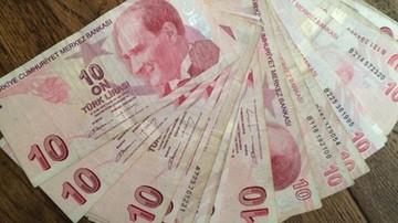"""12-01-2017 19:56 Erdogan oskarża """"dolarowych terrorystów"""": celem jest rzucenie Turcji na kolana"""
