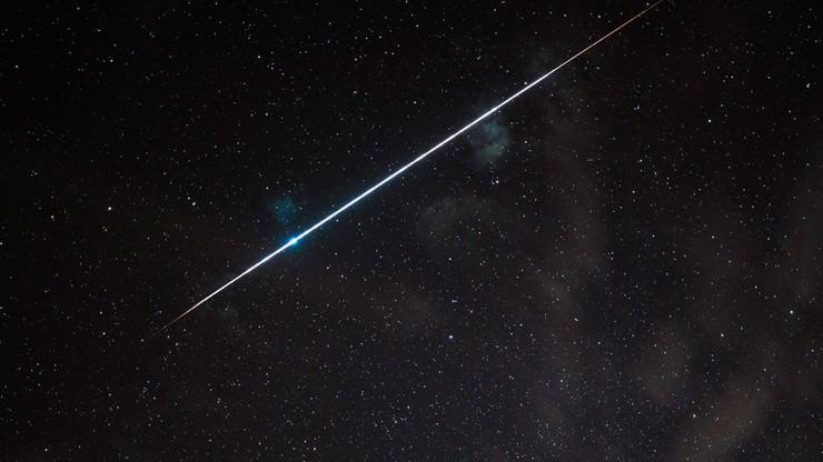 Wieczorem spójrz w niebo. Rozbłysną meteory