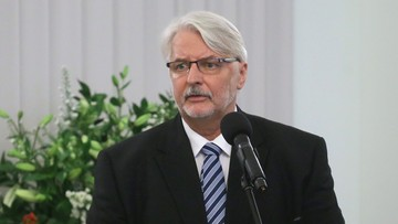 """05-09-2017 10:50 """"Waszczykowski próbował zapewne zatańczyć na dwóch weselach"""". """"FAZ"""" o """"dwugłosie"""" w Polsce ws. reparacji"""