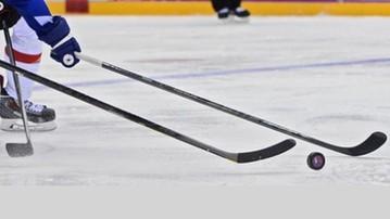 2017-12-30 MŚ U20 w hokeju na lodzie: Ponad 40 tys. widzów na meczu USA - Kanada