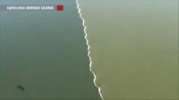 Tak słodka Wisła łączy się ze słonym Bałtykiem. Niesamowite zjawisko uchwycone koło Gdańska