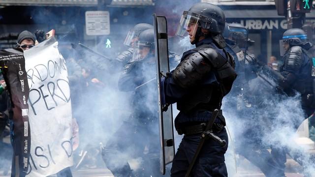 Francja: W Paryżu wielka demonstracja przeciwko reformie prawa pracy