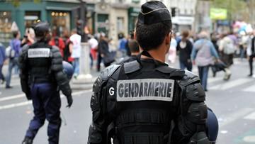 04-05-2016 14:16 Starcia z manifestantami w Paryżu podczas ewakuacji migrantów