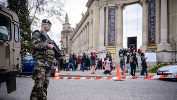 31-12-2015 05:21 Sylwester w Paryżu w cieniu zamachów