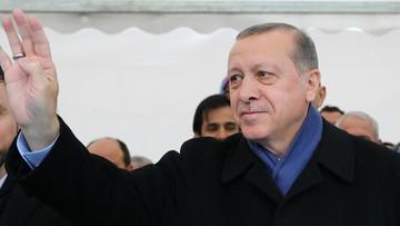 """17-03-2017 16:38 """"Miejcie po pięcioro dzieci zamiast trojga"""". Erdogan o """"najlepszej odpowiedzi"""" na dyskryminację Turków w Europie"""