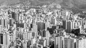 """08-04-2016 08:19 Prezydent Wenezueli apeluje: """"nie korzystajcie z suszarek"""". Kraj zmuszony do oszczędzania energii"""