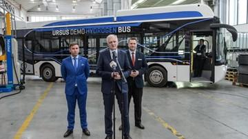 29-03-2017 19:50 Gowin: w ciągu 2-3 lat setki autobusów elektrycznych