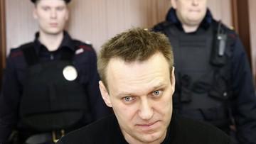 Aleksiej Nawalny w rękach policji. Za wzywanie na wiece bez zezwolenia