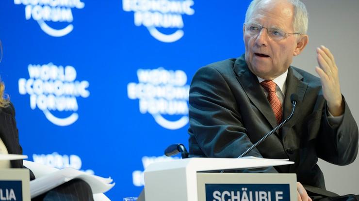 Schaeuble ostro o Austrii, rozpadzie Schengen i euroskładce na imigrantów