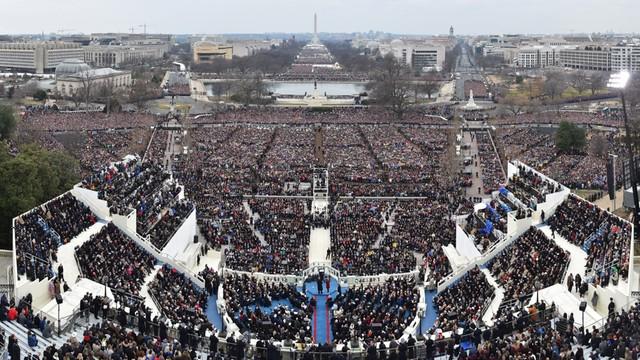 USA: Biały Dom oskarża media o celowe obniżanie rangi inauguracji Trumpa