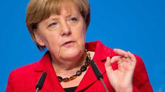 Merkel: W Grecji potrzebne schronienie dla 50 tys. uchodźców