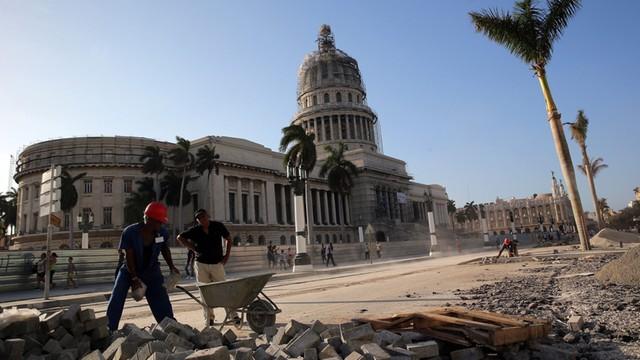 USA: Biały Dom łagodzi restrykcje wobec Kuby przed wizytą Obamy