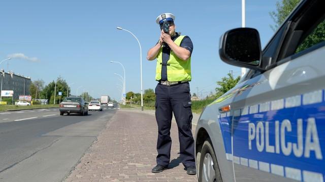 Nowe przepisy dot. kierowców - zatrzymano 63 prawa jazdy