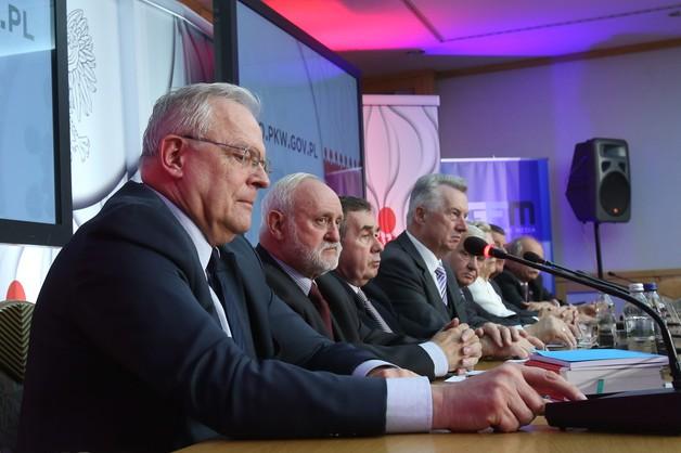 Dymisja goni dymisję. Sędzia Zabłocki odchodzi z PKW