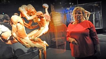 Ciało matki jako eksponat
