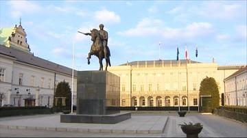 30-11-2015 20:15 U prezydenta o TK. Andrzej Duda zaprosił szefów klubów parlamentarnych