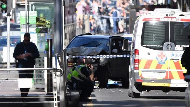 Australia: Wjechał samochodem w tłum ludzi w centrum Melbourne