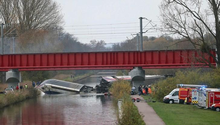 Pociąg TGV wykoleił się z powodu nadmiernej prędkości