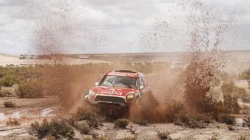 2017-01-13 Rajd Dakar: Przygoński nadal ósmy po 10 etapach wśród samochodów