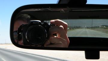 03-05-2016 07:56 Włoska młodzież za kierownicą: smartfon i selfie
