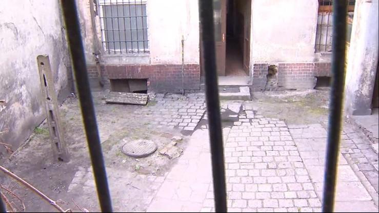 Rodzice chłopca, który wypadł z okna, przyznali się do winy