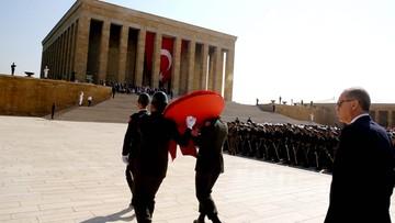 """31-08-2016 11:20 Turcja zarzuca unijnemu komisarzowi """"kulturowy rasizm"""""""