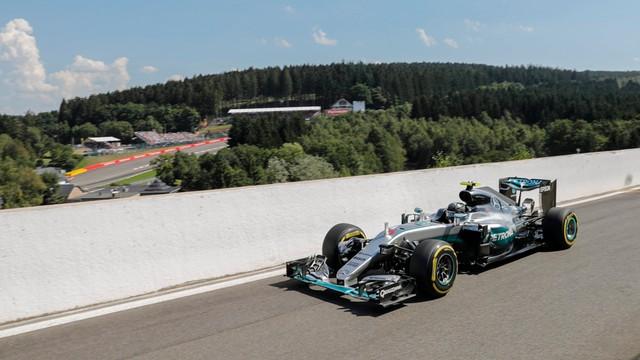 Formuła 1 - Rosberg wygrał kwalifikacje przed GP Belgii